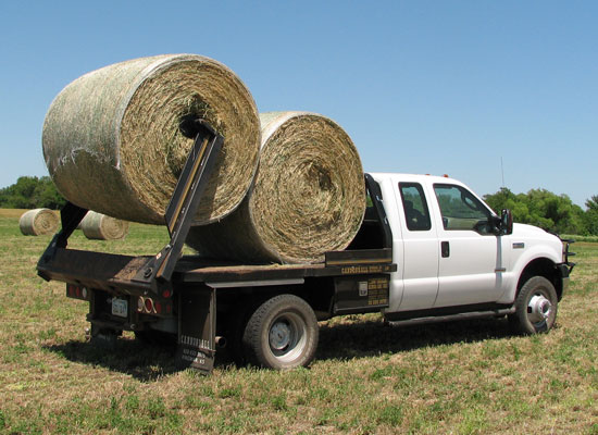Hay Lift For Truck : Cannonball bale beds besler hydrabed deweze